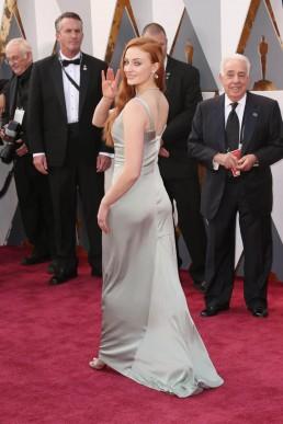 Sophie Turner Eco Oscars 2016