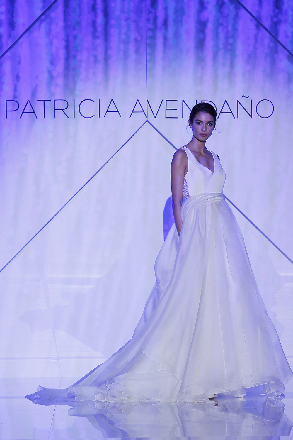 ⚡- PATRICIA AVENDAÑO EN LA BARCELONA BRIDAL FASHION WEEK 2016 ... 2720416529d5